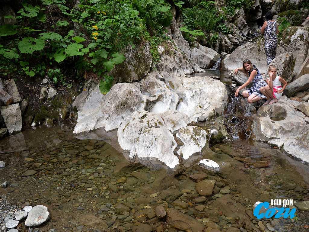 водопадов