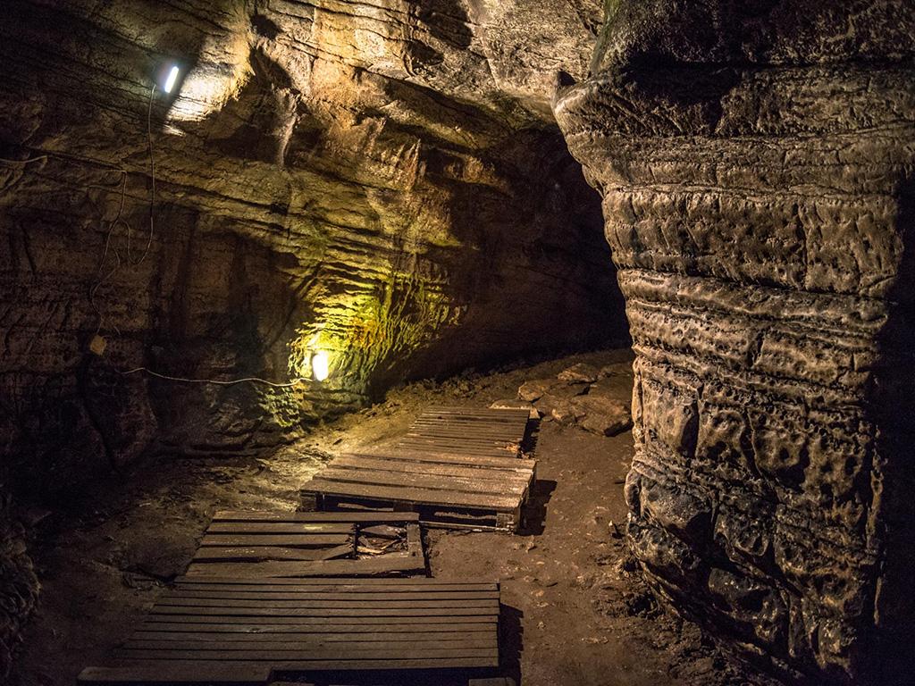 Ахштырская пещера в Сочи признана самой красивой в России ...