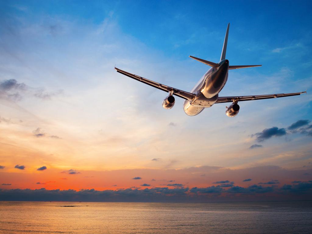 Поблагодарить, картинки самолетов в небе