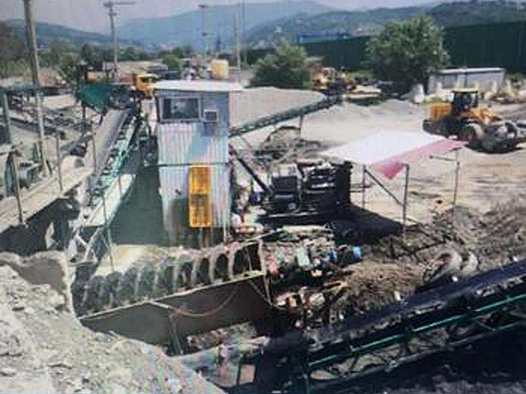ВСочи «заводчик» нелегально  захватил землю, чтобы перерабатывать ПГС